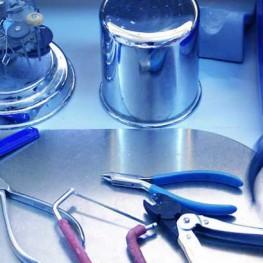 Instrumental utilizado en laboratorio de ortodoncia