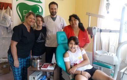 El equipo de Ortopedia Funcional del consultorio odontológico en Fundación Misión Esperanza